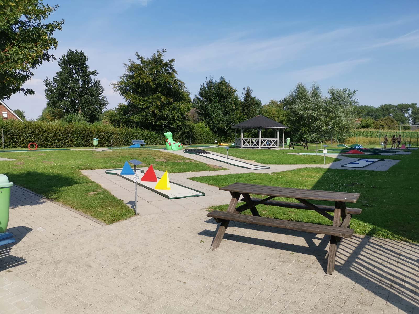 Minigolf im Feriengebiet Otterndorf