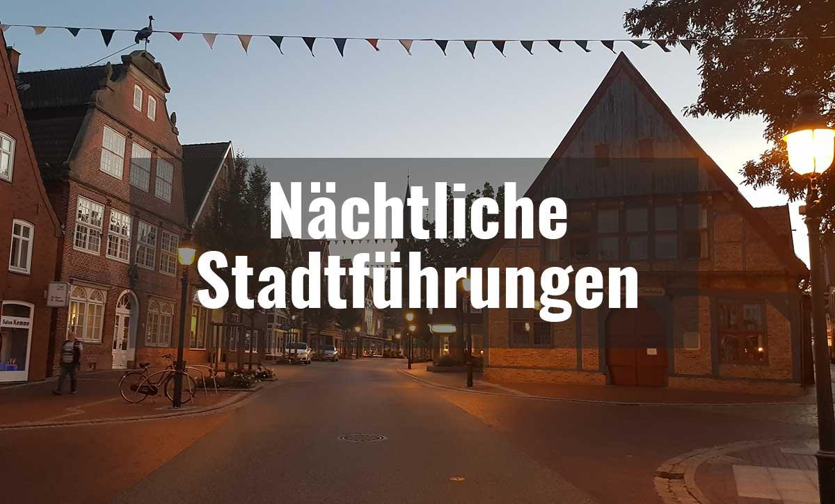 Nächtliche Stadtführungen  Überraschung am Torbogen Norderwall  Nachtwächterin von Otterndorf: Vera Dieckmann