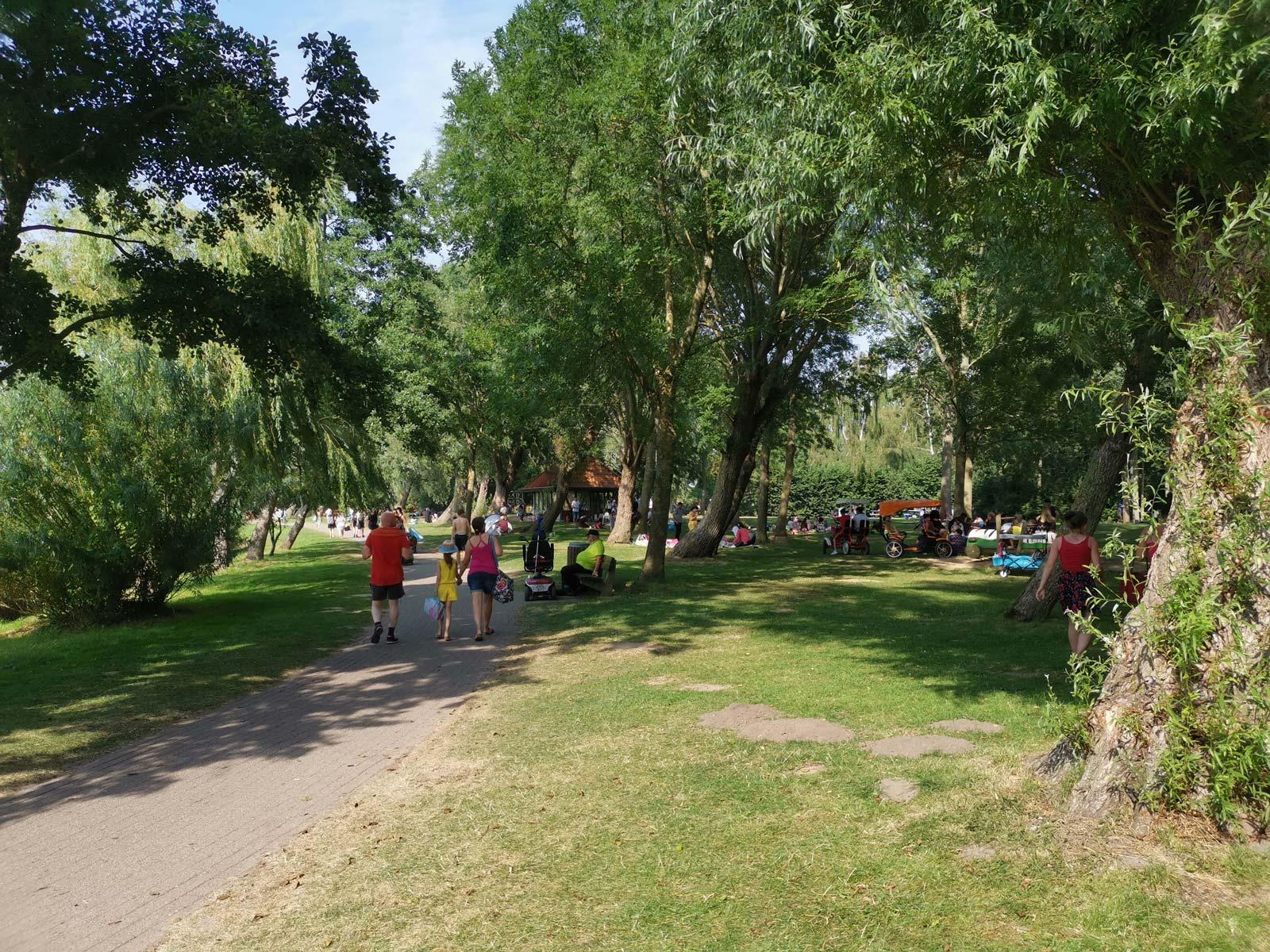 Spielplatz am See Achtern Diek im Feriengebiet Otterndorf